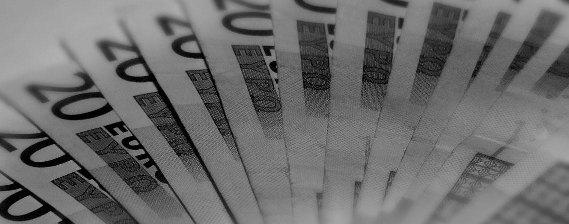 Étudiants : Modèle de lettre de demande d'aide financière